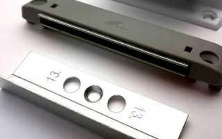 Регулировка защелки балконной двери