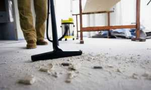 Как почистить обои от пыли после ремонта